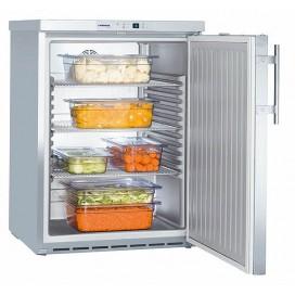 Хладилник с динамично охлажданe FKUv 1660 за вграждане под плот