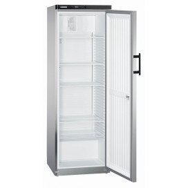 Хладилник с динамично охлажданe GKvesf 4145